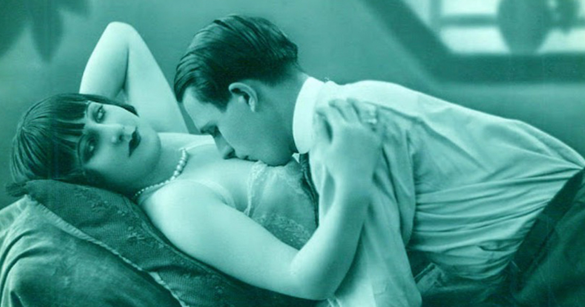 French Postcards Show How To Kiss (And Motorboat) In The 20s